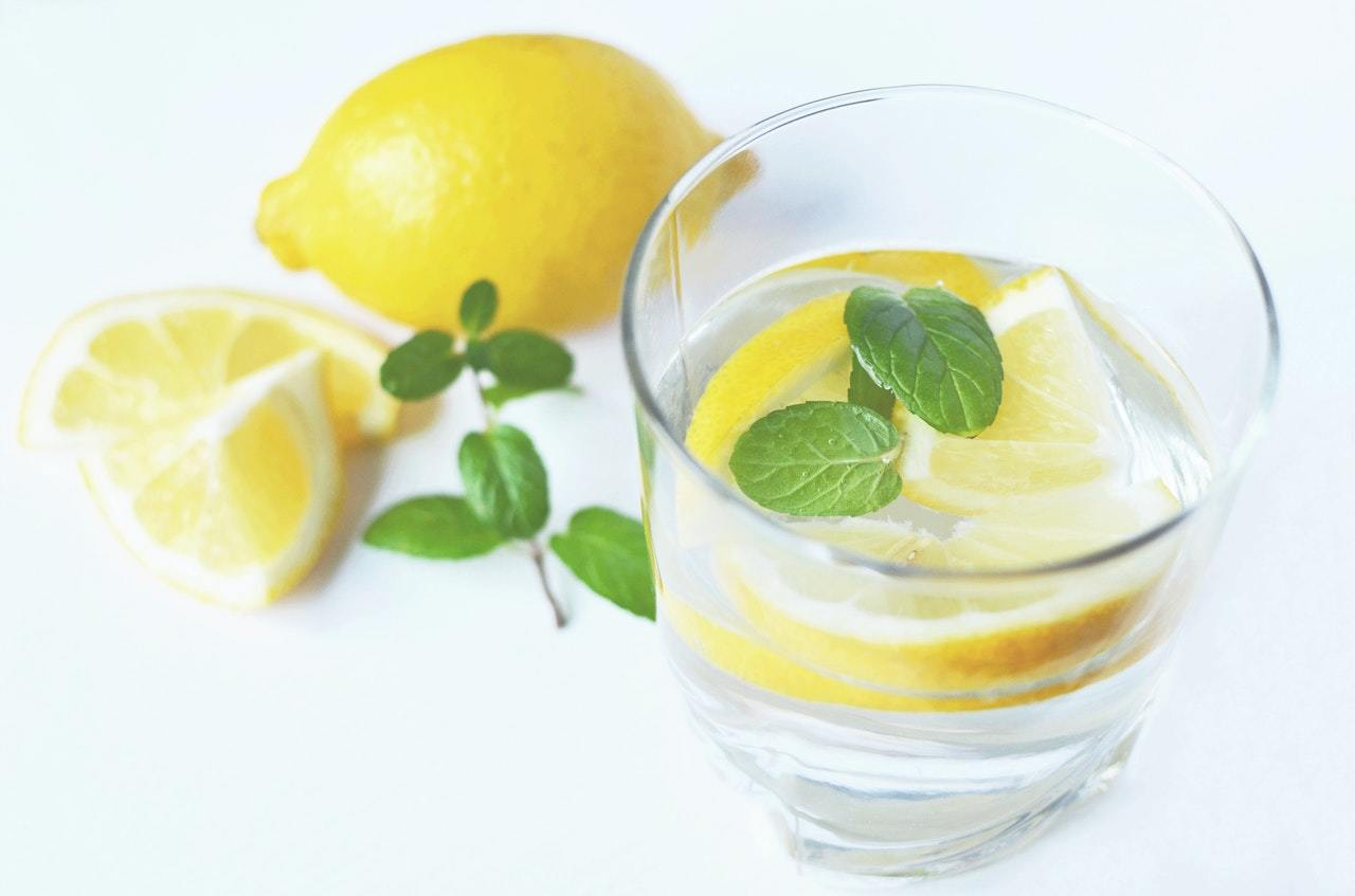 "A good example of an Alt Attribute - ""A refreshing glass of water with sliced lemon and mint"""
